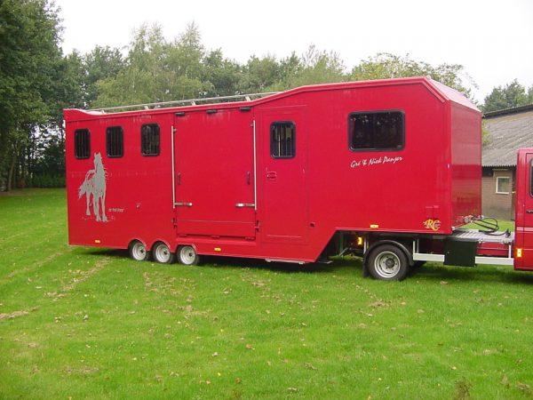 Referenties - BE oplegger 4 paards 2