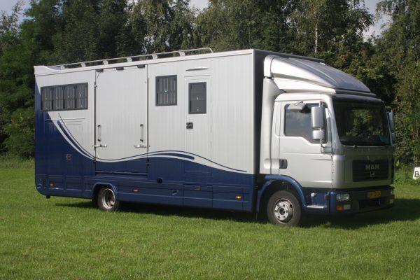 Referenties - MAN L2000 Topsleeper 5 paards
